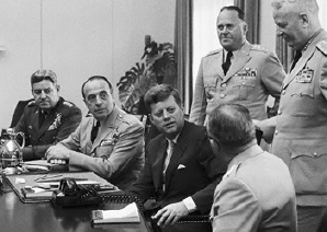 kennedy with advisors